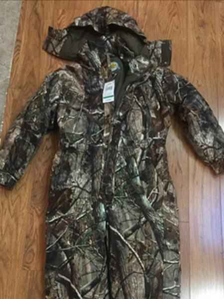 CABELAS LARGE REGULAR KIDS INSULATED COVERALLS