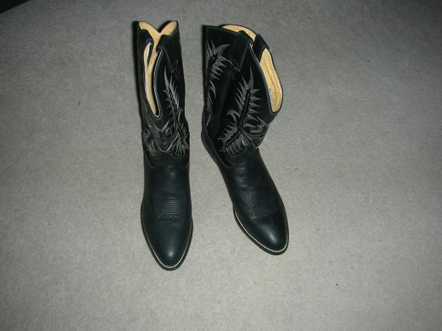Tony Lama Regal Americana boots- Medium toe